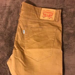 512 Levi's Jeans